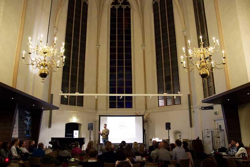 Tom Tichelaar in Waanders in de Broeren te Zwolle 1 november 18